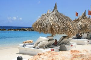 Cabana op Seaquariam Beach. - vlakbij Girouette en Janwe